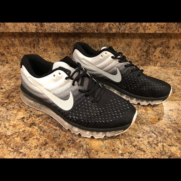 newest c5153 a6dcc Nike Air Max 2017 Men's 9.5 Black White New NWT